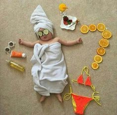 46 Ideas For Baby Girl Newborn Photoshoot Picture Ideas Monthly Baby Photos, Baby Girl Photos, Summer Baby Pictures, Girl Pictures, So Cute Baby, Newborn Baby Photography, Children Photography, Baby Kalender, Massage Spa