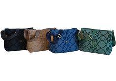 La tracolla più esclusiva ha un tessuto effetto jeans e ricami tono su tono. Scopri i quattro splendidi colori qui: http://www.amazon.it/Laura-Biagiotti-modello-tracolla-anteriore/dp/B01CR5RIE6/ref=sr_1_7?m=AMVJO3UPU429R&s=merchant-items&ie=UTF8&qid=1458148279&sr=1-7