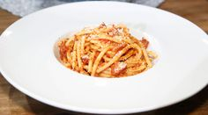 Bucatini Amatriciana with Bacon I'm so cooking this one!!!   Cat Cora Cooking Up Pasta