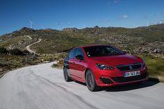 Avec 270 ch pour seulement 1,6 L de cylindrée, le rendement du moteur THP est exceptionnel Peugeot, Supercars, 308 Gti, Automobile, Driving Test, Sporty, Ds, Lifestyle, Cars