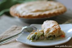 Delicious Turkey Pot Pie Recipe, perfect for those holiday leftovers!