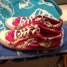 Coach sneakers Adorable, fun shoes! Coach Shoes Sneakers