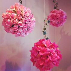 Could easily do this with faux flowers and a styrofoam ball.