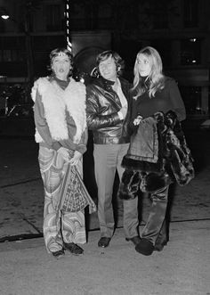Sharon Tate, Roman Polanski & Mia Farrow.  Frank Zappa's concert, Paris, October 1968.