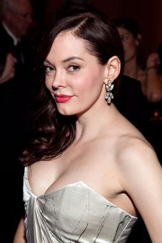 NO WAY- I LOVE HER. Head to the fan site to find out who former Charmed star Rose McGowan has been cast as on Once Upon A Time.