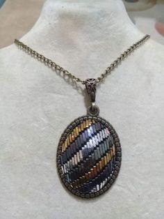 Tel Kırma Kolye SULTAN'S #telkırma #assuıt #telsarma #gift #handmade #elişi #jewelry #jewelrymaking #anahtarlık Diy And Crafts, Pendant Necklace, Embroidery, Jewelry, Fashion, Needlepoint, Moda, Jewlery, Bijoux