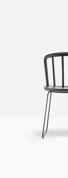 Classic shaker wood cafe chair in black, natural ash, white or grey.