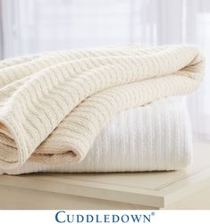 The perfect layer - Langley Cotton Blanket (Fall 2018) #layer #blanket #cableknit #neutrals