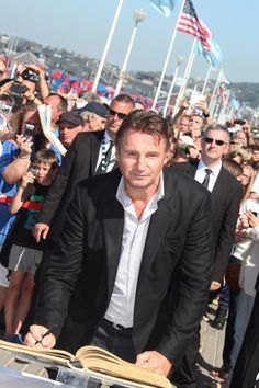 Liam Neeson Photos: Liam Neeson Goes to the Premiere of 'Taken 2'