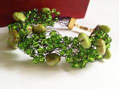Heart green beaded bracelet/ Crochet beaded от ElenaVorobey