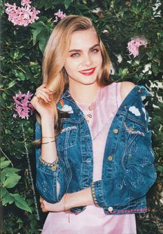 Cara Delevingne - Glamour Magazine Germany August 2015 Issue, Cara Delevingne Style, Outfits and Clothes. Cara Delevingne Photoshoot, Cara Delevigne, Cara Delevingne Style, Glamour Magazine, Poses, Woman Crush, Style Icons, Catwalk, My Hair