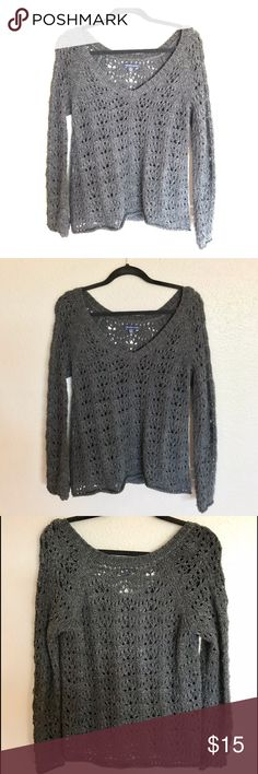 AEO V-NECK TEXTURED SWEATER Soft textured v-neck sweater from American Eagle Outfitters. Barley worn. Size small. American Eagle Outfitters Sweaters V-Necks