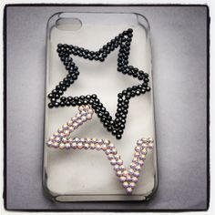 iPhone 4 Case with Star Design £15.00    http://www.diamontedecor.com/iPhone-4-Case-with-Star-Design-p/iphonestar.htm    Clear plastic iPhone 4 case with bold Swarovski Crystal star design in black and AB multi-tonal crystals.    Sparkly phone accessory which is a must for someone who loves pretty accessories and wants to protect their phone!    Other designs available.