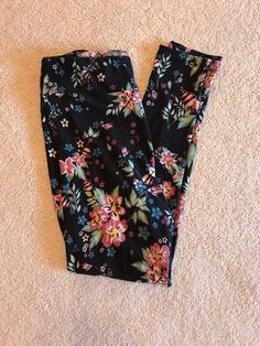 $  22.50 (22 Bids)End Date: Apr-25 14:00Bid now  |  Add to watch listBuy this on eBay (Category:Women's Clothing)...