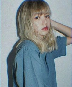 Discovered by mills ♥. Find images and videos about lisa, blackpink and aesthetic on We Heart It - the app to get lost in what you love. Jennie Blackpink, Blackpink Lisa, Kpop Aesthetic, Aesthetic Photo, South Korean Girls, Korean Girl Groups, Blackpink Icons, Black Pink, Blackpink Photos