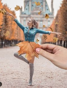 Listed up in this post are 35 most creative photos that you've never seen before. All these photographers surely deserve a round of applause for their incredible efforts. photography 35 Most Creative Photos (New Pics) Autumn Photography, Girl Photography, Digital Photography, Amazing Photography, Photography Backdrops, Artistic Photography, Maternity Photography, Pinterest Photography, Photography Store