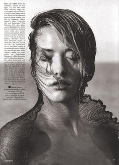 Tatjana Patitz by Herb Ritts - Uk Vogue April 1989