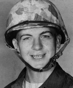 Lee Harvey Oswald when he served in the US Marine Corps - late 1950's [500x600] #HistoryPorn #history #retro http://ift.tt/1XYgJjs