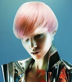 Karine Jackson Short Blonde Hairstyles