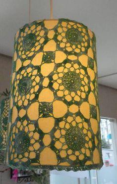 Lustre Pendente de Crochê. Pode ser produzido na cor do fio que você desejar. R$ 165,00