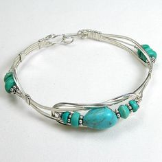 Turquoise Gemstone Silver Wire Bracelet (B0135)