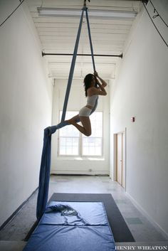 aerial silks | I would love to have the opportunity to try this one day. Looks so pretty and to be an awesome workout.