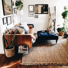 Novel Small Living Room Design and Decor Ideas that Aren't Cramped - Di Home Design My Living Room, Home And Living, Living Spaces, Modern Living, Minimalist Living, Brown And Blue Living Room, Bohemian Living Rooms, Living Room Ideas Tan Couch, Indie Living Room