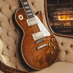 A very nice Les Paul Tobacco Burst Flamed Top #lespaul #gibson