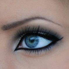 Black + Blue #KissAndMakeup #PetitVour