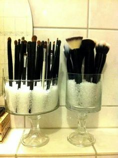Cute to store makeup brushes