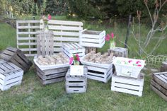 Crates & baskets were used for wedding favors, wedding giveaways (pashminas, grass heel protectors, photo frames etc..)