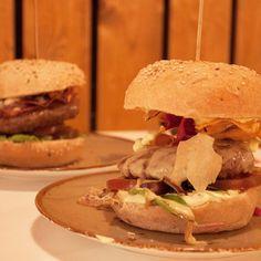 Een lekkere burger? Die eet je bij het nieuws @rubens_burger bij de Raaks. De staat nu online > haarlemcityblog.nl - link in bio #haarlem #hotspot #haarlemcityblog #new #hamburger #burgerbar #raaks
