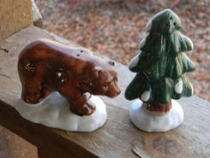 Vintage Holiday decor figurines Salt and Pepper Shaker Bear and Tree, gift ideas, Christmas table, woodland, rustic, by Pickerchicks on Etsy https://www.etsy.com/listing/171825294/vintage-holiday-decor-figurines-salt-and