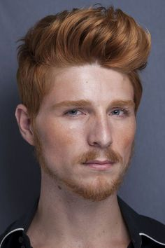 Alexandre Kunz Hot Ginger Men, Ginger Beard, Ginger Hair, Cool Hairstyles For Men, Haircuts For Men, Beautiful Men Faces, Gorgeous Men, Red Hair Men, Modern Pompadour