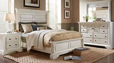 Claymore Park Off-White 5 Pc King Panel Bedroom from  Furniture at RoomsToGo
