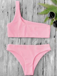 "FuzWeb ""The Heart Of Fashion"" - Zaful Women New One Shoulder Bikini Top and Bottoms Sexy Low Waisted Bralette One Shoulder Swimsuit Summer Beach Bikini Source by proprio - Bathing Suits For Teens, Summer Bathing Suits, Cute Bathing Suits, Cute Swimsuits, Cute Bikinis, Women Swimsuits, Modest Swimsuits, Haut Bikini, Bikini Tops"