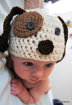 Love this little puppy hat! Pattern has instructions for size 0-3 months, 3-6 months, 6-12 months, and 2T-5 years.