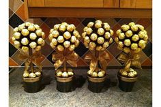 41 Ideas For Chocolate Cake Decoration Ferrero Sweet Trees Edible Centerpieces, Quinceanera Centerpieces, Ferrero Rocher Tree, Ferrero Rocher Bouquet, Popular Tree, Candy Trees, Sweet Trees, Chocolate Bouquet, Candy Bouquet