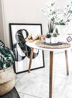 Un bijou caché dans la cire de chaque bougie ! Comme @myarmparty, craquez pour l'odeur gourmande de la bougie-bijou parfum fruits rouges… Le plus ? Dans chaque bougie se trouve un sublime bijou serti de cristaux Swarovski©. Plaqué or, plaqué or rose, argent… Le top de l'idée cadeau pour toutes les occasions ! And for English people : #red #berries #home #bedroom #decoration#woman #girl#ideas #living #modern #kitchen #house #jewel #scented #recipe #candle