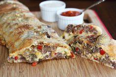 İçi lezzet ile dolu müthiş bir tarif. İtalyan Dürümü: Stromboli