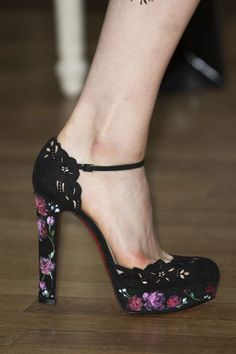 Marchesa * Spring 2016 Details Shoes Perfect Look and Design