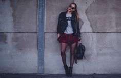 Leather jacket from Acne // t-shirt HERE // skirt HERE // bag from Jofama by Kenza // boots from Acne