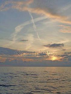 52 best nature background images on pinterest scenery sunset sky rh pinterest com Tree House Siding Tree House Hardware
