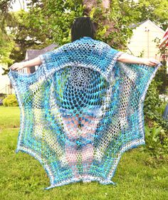 Simply gorgeous! Make this beautiful vest with Lion Brand Shawl in a Ball - get the pattern by Sarah Cole on Ravelry (paid pattern).
