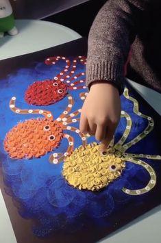 "DIY Kinder Collage ""Meer mit Krake"" - Fall Crafts For Toddlers Fall Crafts For Toddlers, Diy Crafts For Kids, Activities For Kids, Painting For Kids, Art For Kids, Kids Art Galleries, Cute Easy Drawings, Sea Crafts, Camping Crafts"