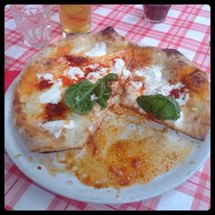 Pizza alla 'nduja. Special, not for all.