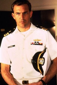 Kevin Costner...I'm not a huge fan but in this movie, sexy!