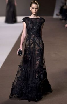 Elie Saab.......rock it hard