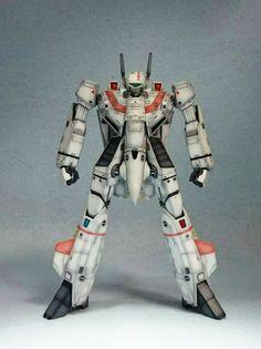 I had this guy before Transformers Brand existed Macross Valkyrie, Robotech Macross, Transformers, Macross Anime, 80 Tv Shows, Robot Concept Art, Robot Art, Gundam Wallpapers, Sci Fi Models