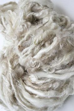 Spinning Wool, Hand Spinning, Weaving Projects, Knitting Projects, Wooly Bully, Textured Yarn, Wool Art, Fabric Textures, Texture Design